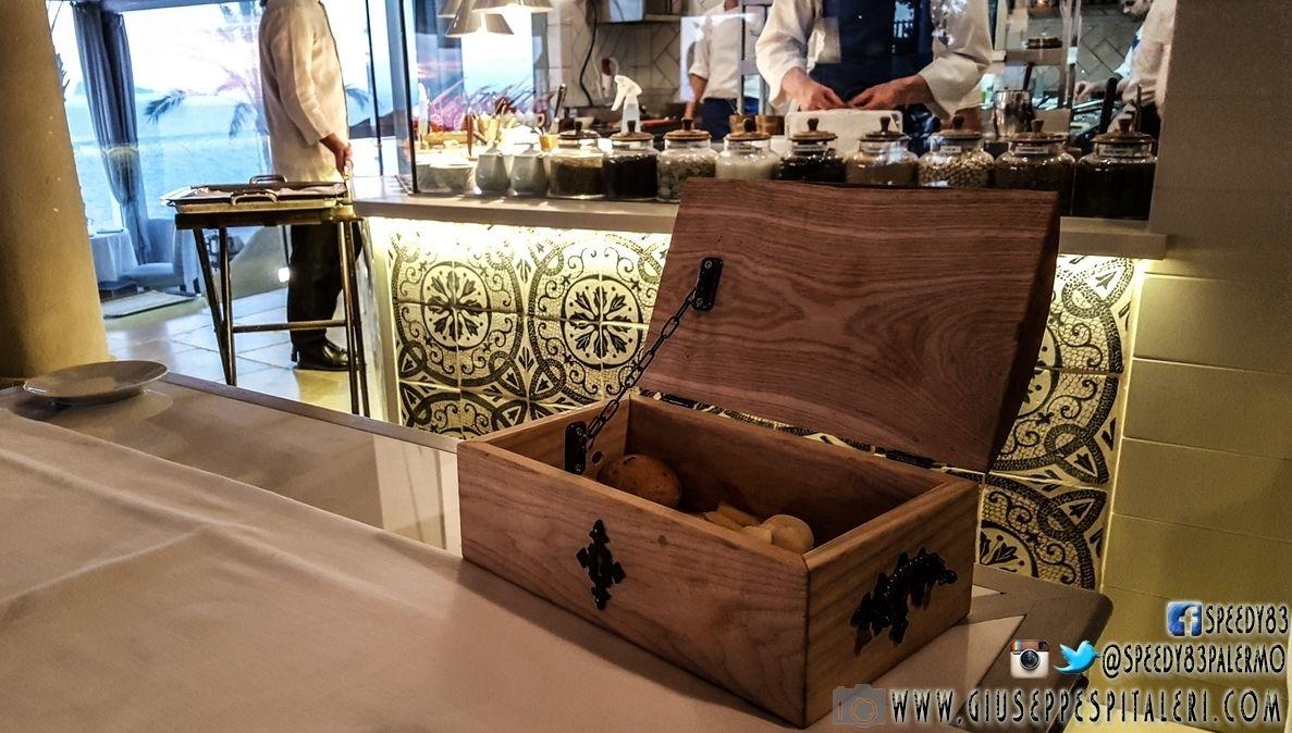 il_cappero_ristorante_therasia_www.giuseppespitaleri.com_001