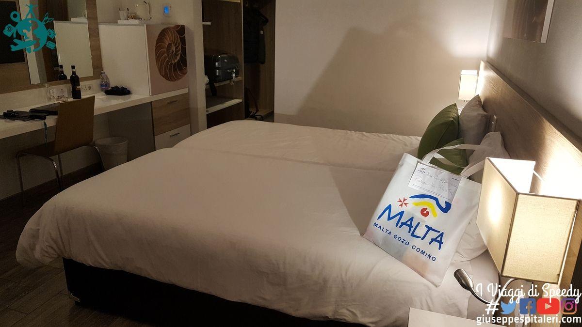 hotel_malta_seashells_www-giuseppespitaleri-com_08