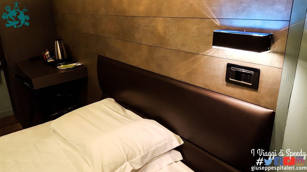 hotel_globus_firenze_www.giuseppespitaleri.com_002