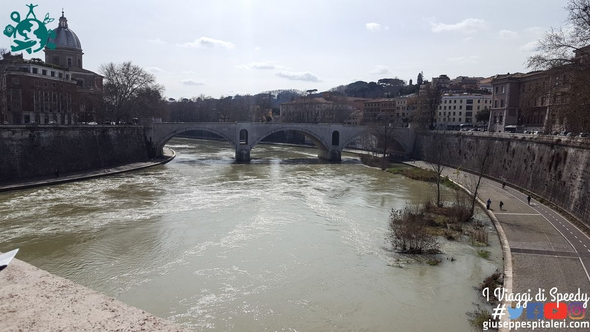 Castel Sant'Angelo e il Tevere