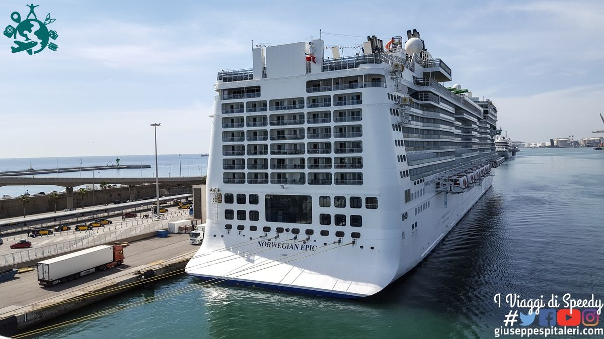 Norwegian Epic al porto di Barcellona