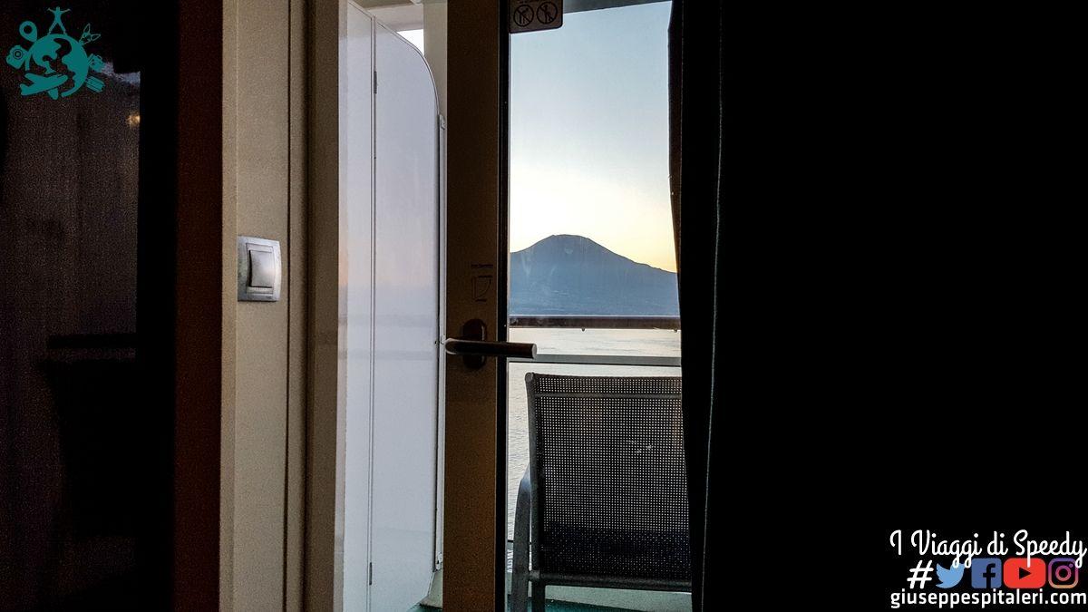 Arrivo a Napoli alle 06.30