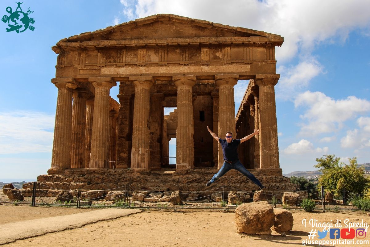 Un salto in Sicilia nella Valle dei Templi di Agrigento (Sicilia/Italia)