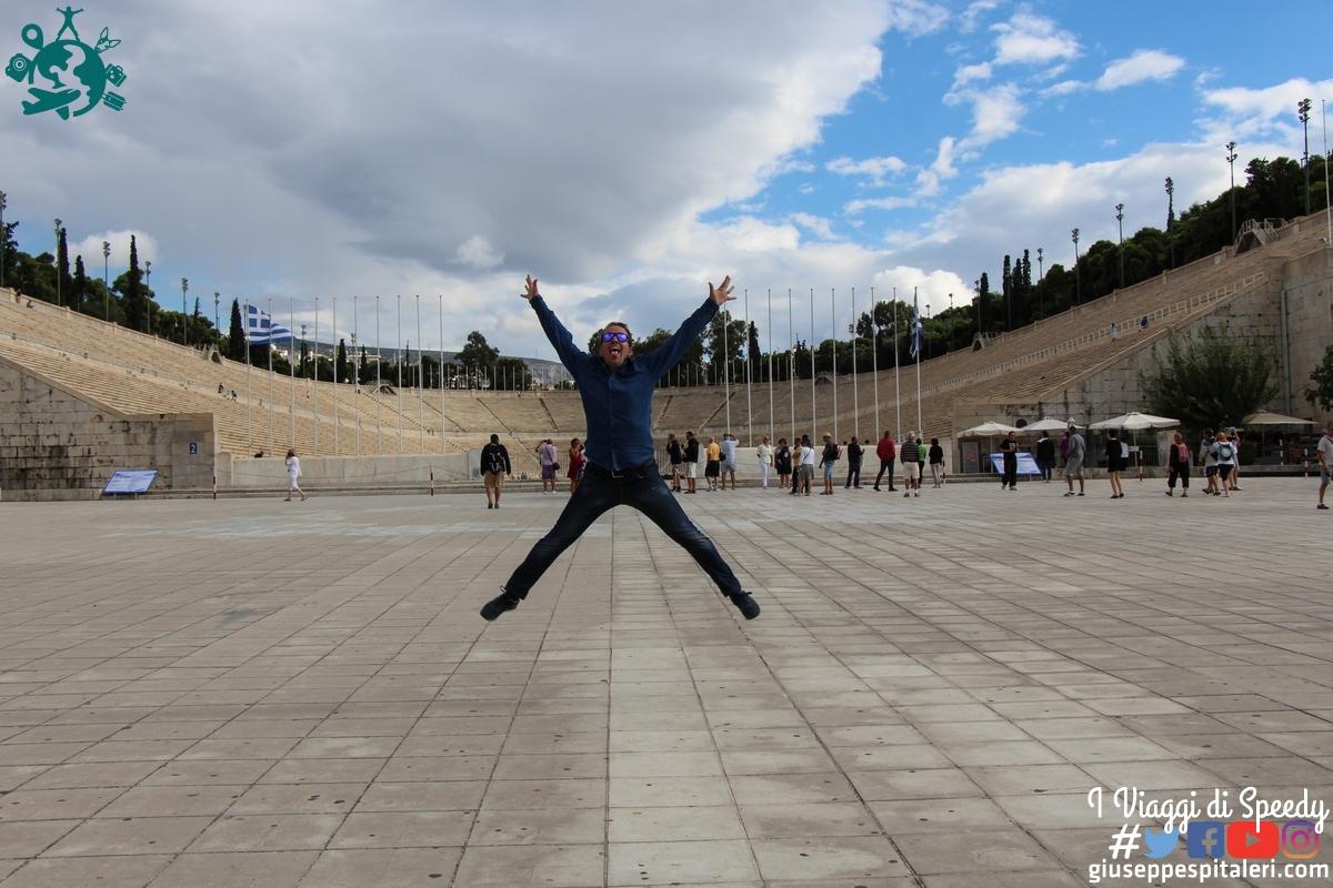 Un salto allo stadio Panathinaiko di Atene (Grecia)