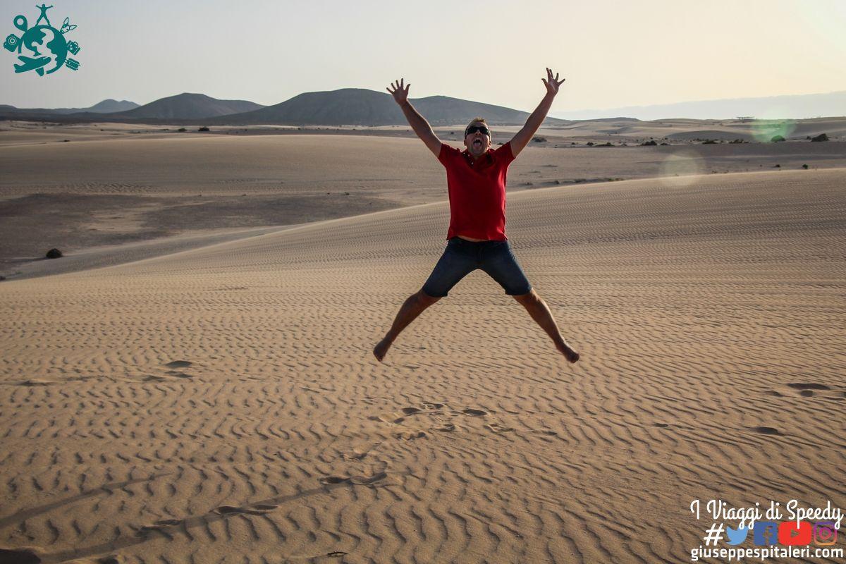Un salto al Parco Naturale delle Dune di Corralejo . Fuerteventura, Isole Canarie (Spagna)