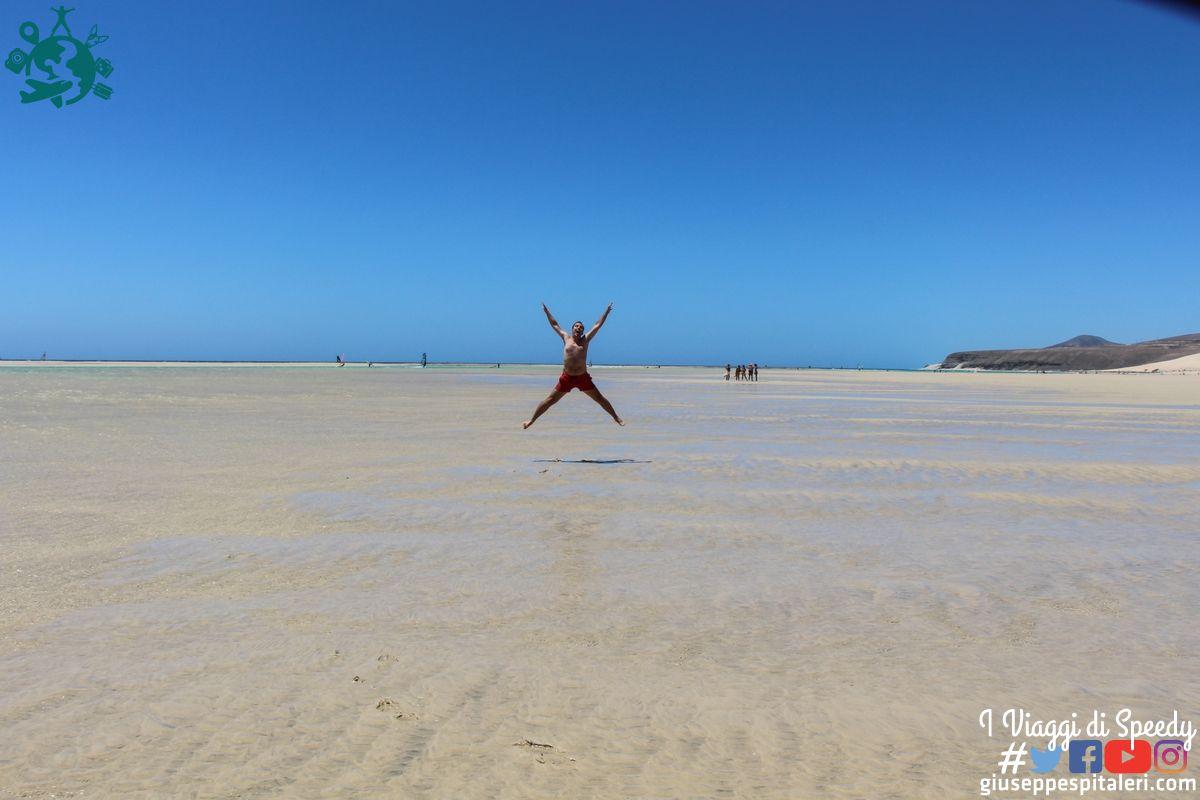 Un salto alla Playa de Sotavento. Fuerteventura, Isole Canarie (Spagna)