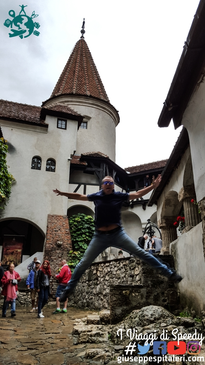 Un salto nel Castello di Dracula a Bran (Romania)