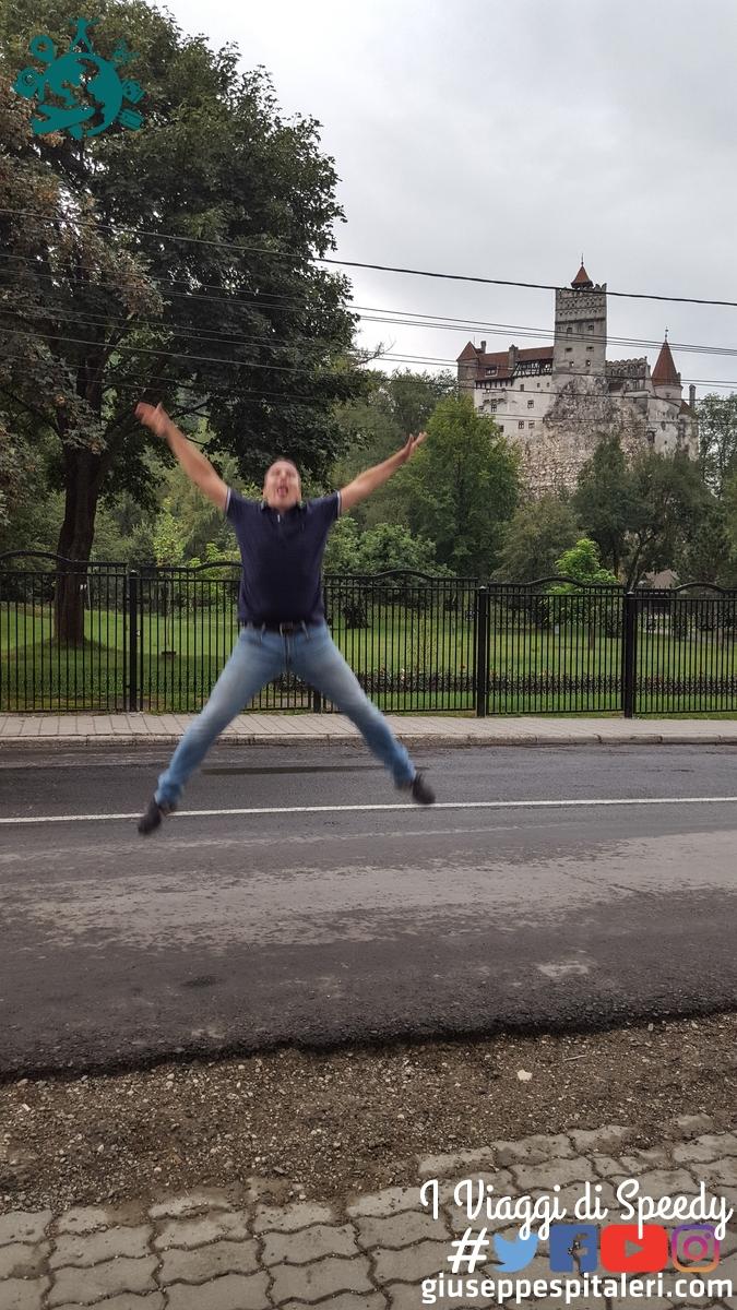 Un salto nel Castello di Dracula a Bran (Romania)