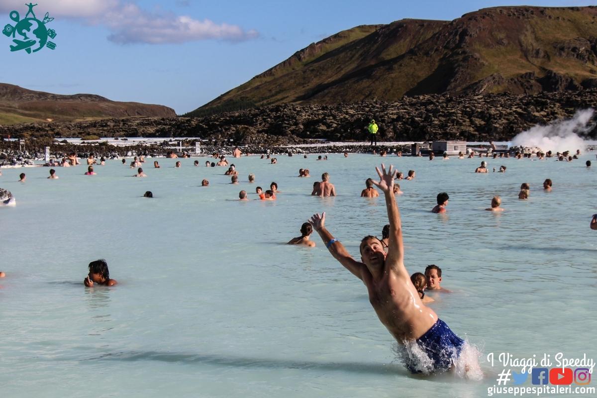 Un tuffo alla Laguna Blu (Blaa lónið) Islanda