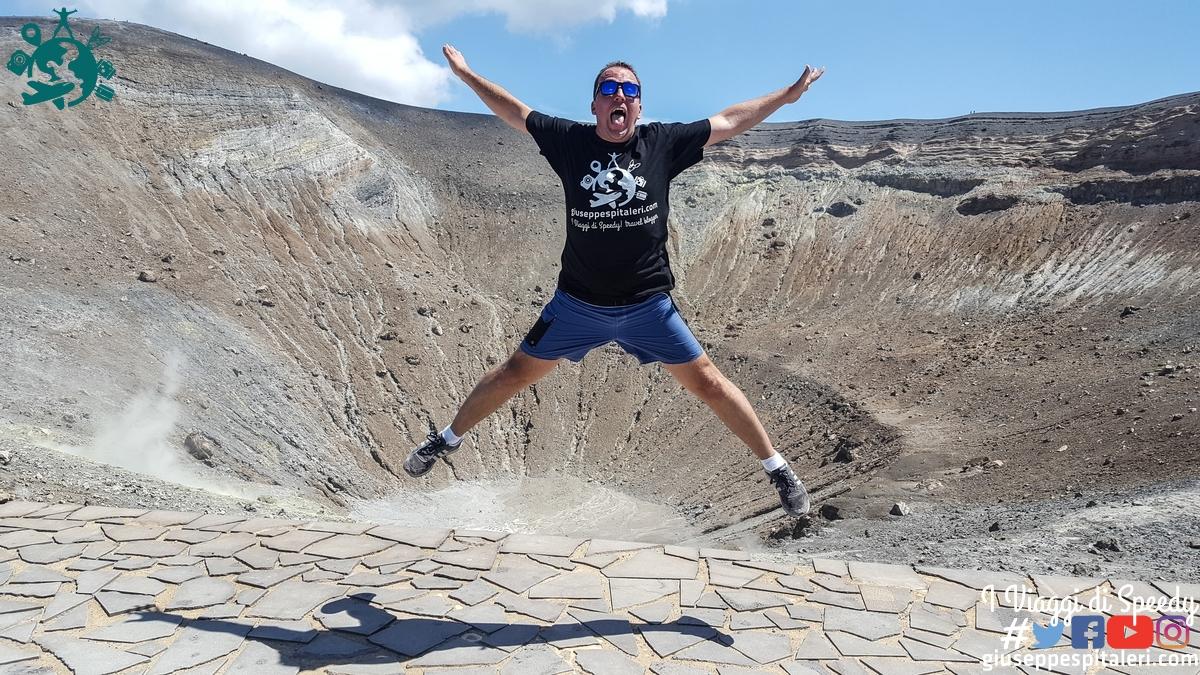 Un salto al cratere del'lIsola di Vulcano, Isole Eolie (Messina/Sicilia/Italia)