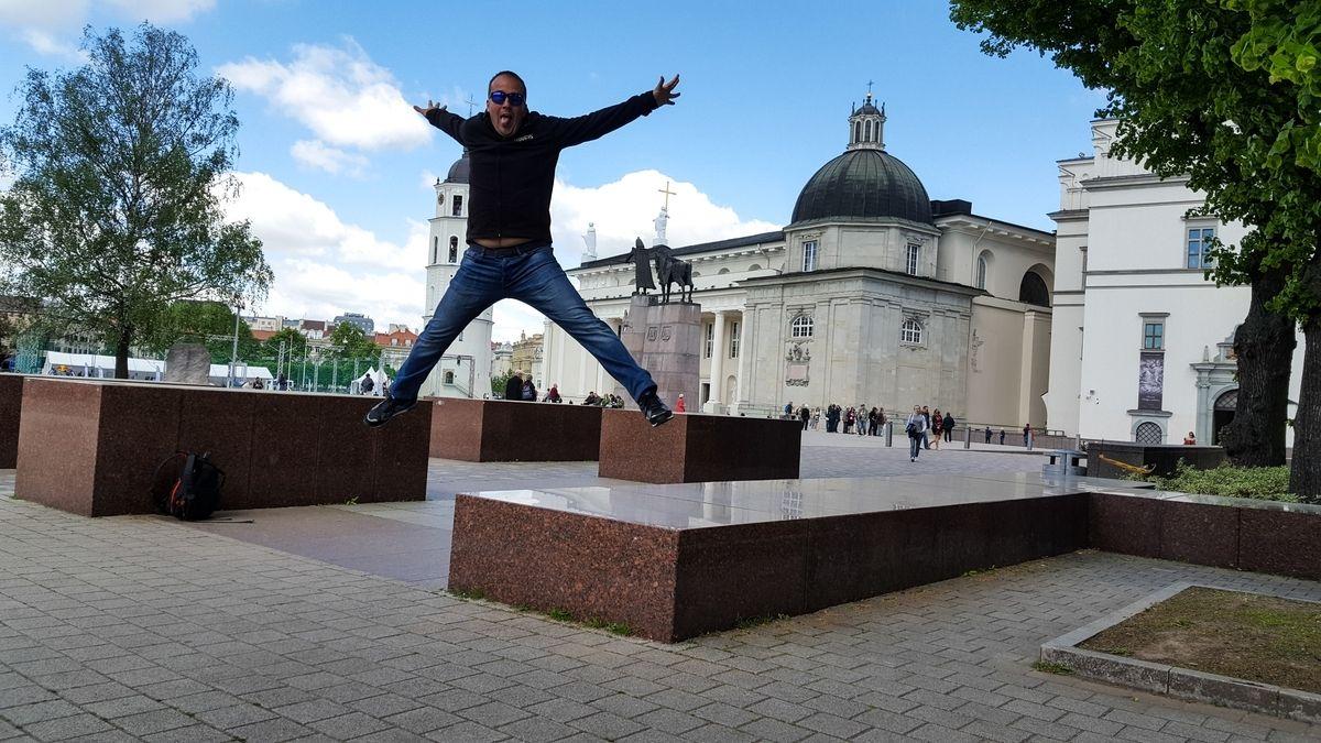 vilnius_lituania_www.giuseppespitaleri.com_049_salto
