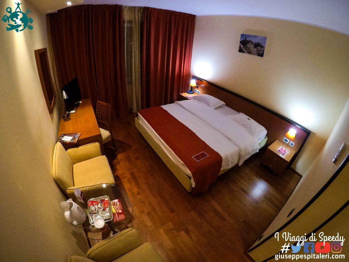 timisoara_romania_hotel_continental_giuseppespitaleri.com_001