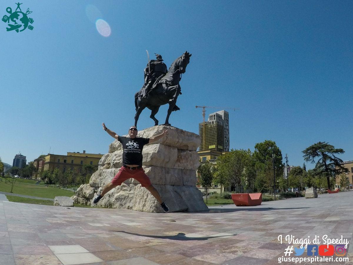 tirana_albania_2019_www.giuseppespitaleri.com_086_salto